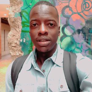 Boubacar-Graphiste-webdesigner---DEBROUILART-CANADA